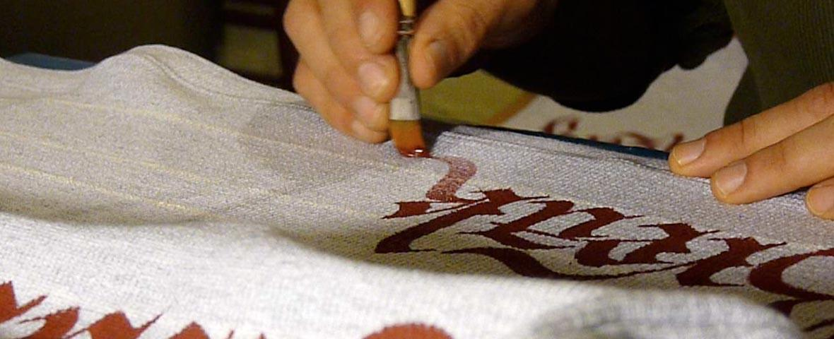 Handlettering on Fabric - Lore -